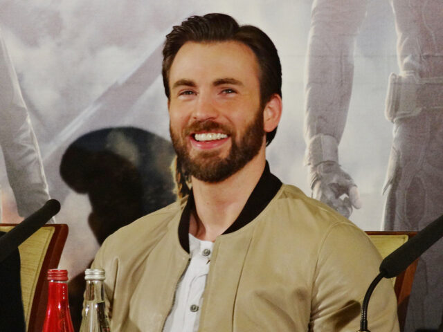 Chris Evans Reveals Private Photo Leak Was 'Embarrassing': 'It Was Embarrassing, But Things Happen'