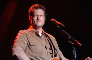 Blake Shelton Awards Blake Shelton austin Blake Shelton songs Blake Shelton wife Gwen Stefani ring